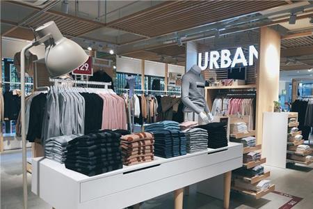 2020年中国服装行业市场发展现状分析